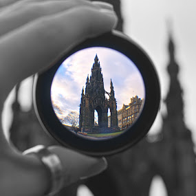 the scots monument through my eyes by Danny Charge - Buildings & Architecture Public & Historical ( scotland, skys, blue, detatched, monument, lense )