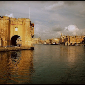 Malta  by Paul White - City,  Street & Park  Historic Districts ( malta )