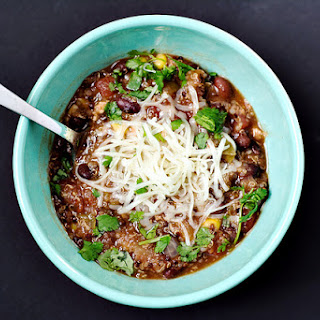 Slow Cooker Quinoa Chicken Chili