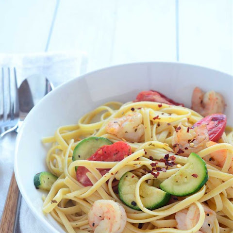 Shrimp Linguine with Zucchini and Tomatoes