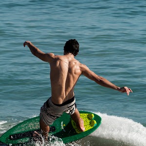 Surf-3.jpg