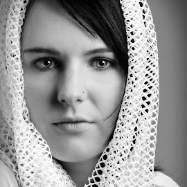 My beautiful friend by Phillip Van Zyl - Black & White Portraits & People ( contraste, thinking, clothing, black and white, portrait, eyes )