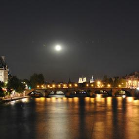 Paris  by Sharon Verschelling - City,  Street & Park  Night