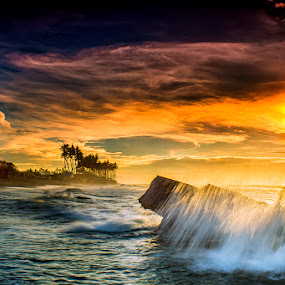.:: fresh up ::. by Setyawan B. Prasodjo - Landscapes Sunsets & Sunrises ( red sky, bali island, waterscape, leissure, tourism, travel, beach, seascape, landscape, dusk, slow speed photography, gradual neutral density filter, motion wave, dawn, vacation, dark cloud, manyar beach, sunset, hideaway, sunrise, rocks )