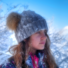 Winter Day by Dalibor Jud - Babies & Children Child Portraits ( gorski kotar, winter, zima, snow, croatia, snijeg, stella, hrvatska, delnice, petehovac )