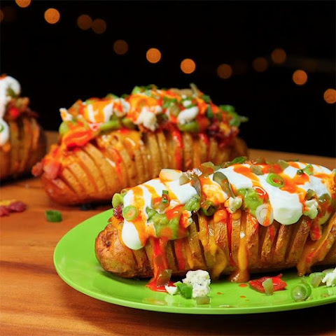 Loaded Hasselback Potatoes Are The Perfect Side Dish