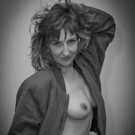 Anya by Frank DeChirico - Nudes & Boudoir Artistic Nude