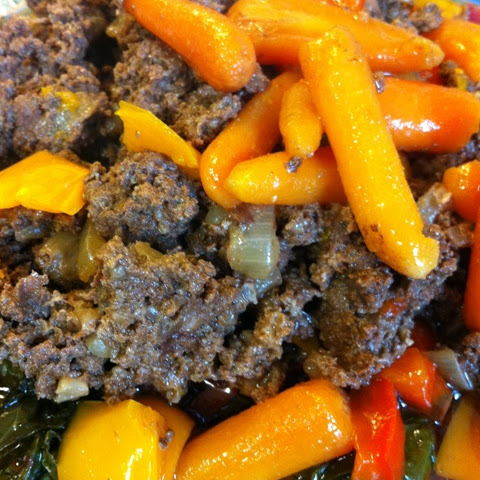 Pressure Cooker Ground Beef Chili with Carrots and Red and Orange Bell Pepper