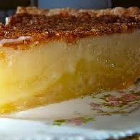 Lola's Southern Buttermilk Pie