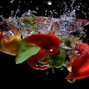 Peppers by Nikola  Pejcic - Food & Drink Fruits & Vegetables ( water, peppers, red, splash, food, green )