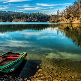 green boat by Eseker RI - Transportation Boats ( , relax, tranquil, relaxing, tranquility )