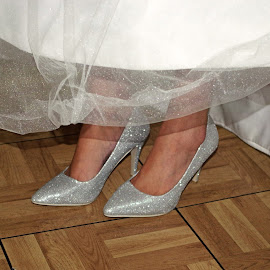 Wedding Shoes by Ingrid Anderson-Riley - Wedding Details
