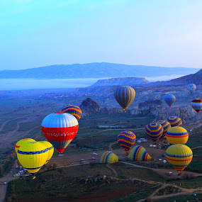 Hot Air Balloons by Roni Terisno - Landscapes Travel