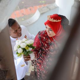 love you with all my heart by Ahmad Jabar Jaffar - Wedding Bride & Groom ( love, tanjung malim, happy, moment, outdoor, perak, so lovely )