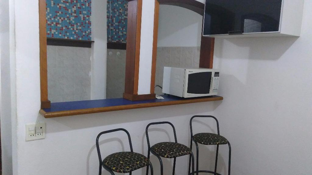 Kitnet em Leme  -  Rio de Janeiro - RJ