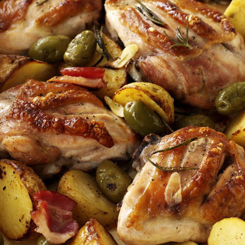 Chicken with Garlic, Potatoes and Rosemary