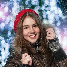 winter fashion girl by Iancu Cristi - People High School Seniors