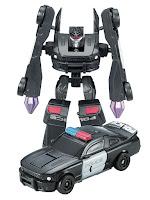 Робот трансформируется в Полицейскую машину S