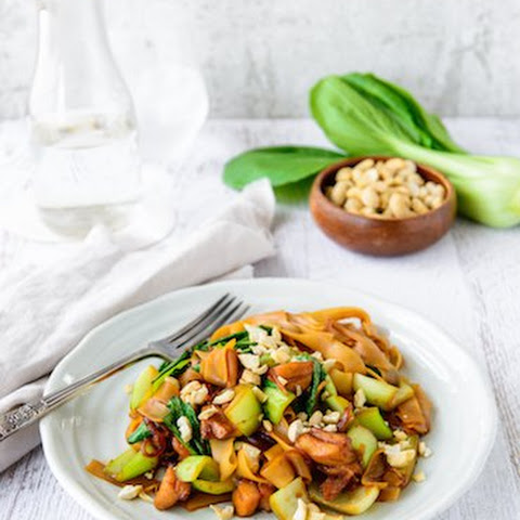 Teriyaki Chicken Noodles With Cashews