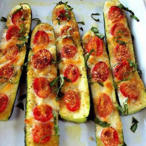 Low Carb Zucchini halves
