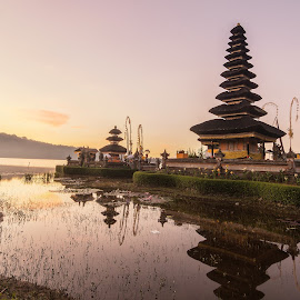 Ulun Danu - Bali by Serhan Tekin - Buildings & Architecture Places of Worship ( temple, hindu, danu, ulun )