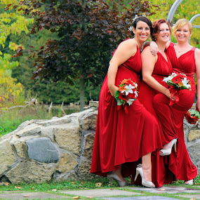 Girl Play by Julie Quesnel - Wedding Groups
