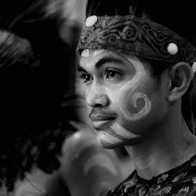 Papua People by Suwito Pomalingo - People Body Art/Tattoos