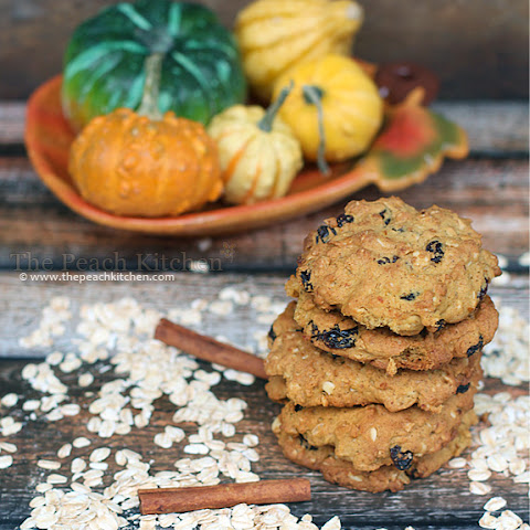 Pumpkin Pie Oatmeal Raisin Cookies