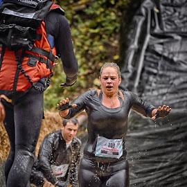 Tough Anne by Marco Bertamé - Sports & Fitness Other Sports ( water, splatter, splash, differdange, 2015, number, soup, running, luxembourg, muddy, strong, woman, 809, lady, brown, strongmanrun, anne )
