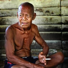 Pak Tua by Assoka Andrya - People Portraits of Men
