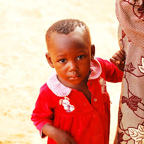 Small girl by Adelia Zamfir - Babies & Children Children Candids ( small girl, baby girl, nigeria, young girl, africa )