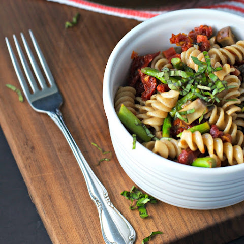 Sundried Tomato Pasta Salad With Asparagus And Portobello Mushrooms ~vegan~