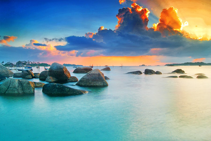 ROL in the Corner by Eddie Cheever - Landscapes Weather ( belitung )