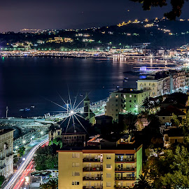 Varazze by Sergio Di - Landscapes Travel ( #mare, #bynight, #picoftheday, #liguria, #italy, #riviera )