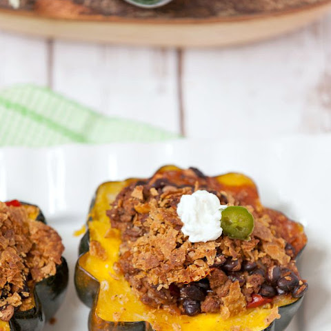 Beef and Bean Enchilada Stuffed Squash #WeekdaySupper
