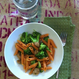 Penne with Turkey Sausage, Galic and Broccoli