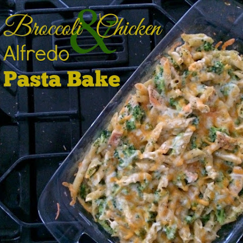 Broccoli & Chicken Alfredo Pasta Bake