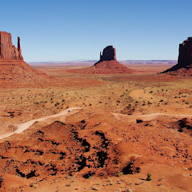 Monument Valley by Rob Hallifax - Landscapes Mountains & Hills ( #landscape #landscapephotography #utah #roads,  )