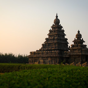 Shore Temple by Nanda Kumar - Buildings & Architecture Places of Worship ( temple, mamallapuram, shore temple, mahabs, mahabalipuram )