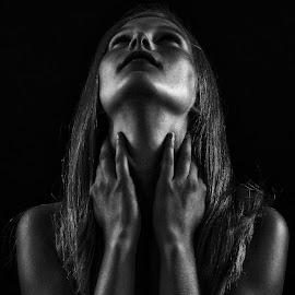 by John Phielix - Black & White Portraits & People