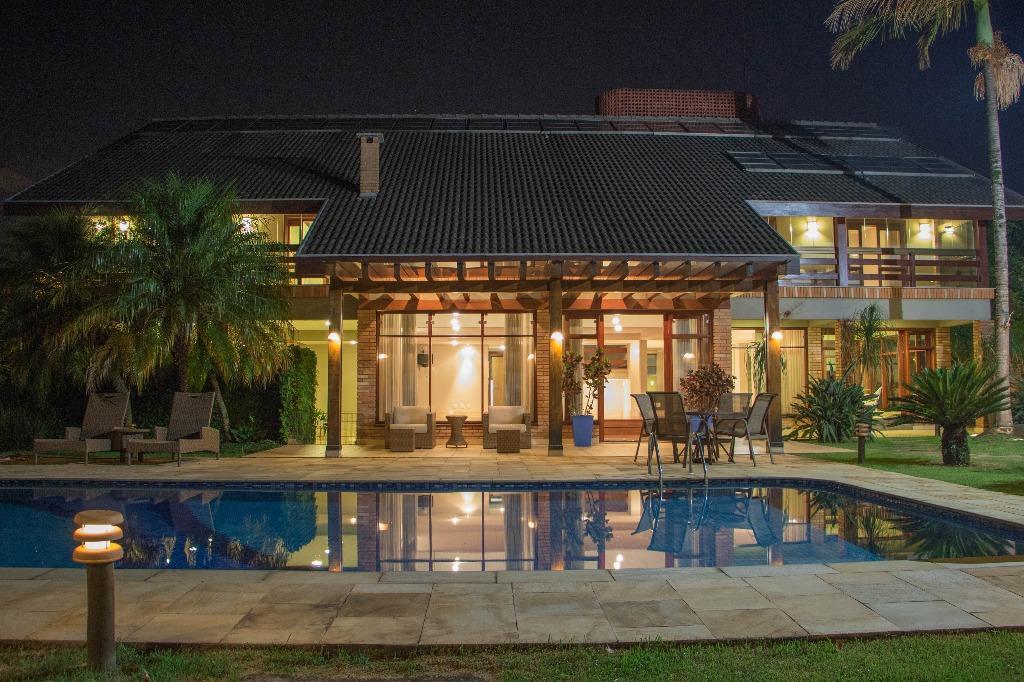 Casa Sobrado Residencial Alto Padrão Estilo Normando 5 Dormitórios para Venda e Locação, Jardim Maia, Guarulhos - CA0381.
