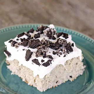 Cookies and Cream Poke Cake