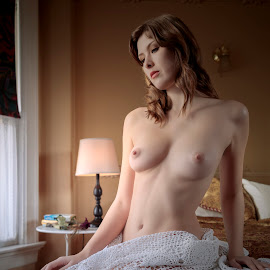 Sienna VI by Xavier Wiechers - Nudes & Boudoir Artistic Nude