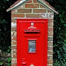 GR post box by Michael Moore - Buildings & Architecture Other Exteriors