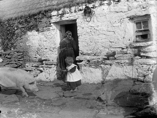 Photograph by Synge of the cottage of Patrick McDonagh, where he stayed on visits to Inishmaan (the middle of the three Aran Islands) like many other visitors to the island, including nationalist Patrick Pearse.