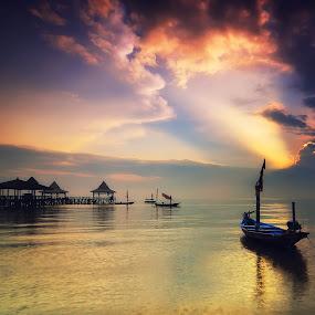 Kenjeran Park by Darmal Ali - Landscapes Waterscapes ( kenjeran, indonesia, amlbuton, sunrise, landscape )