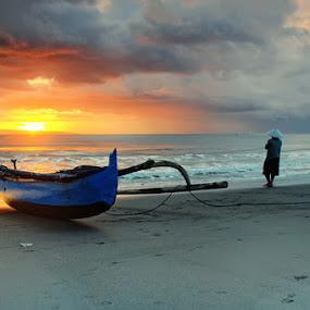 ketika pagi menemani aktivitasku by I Gusti Putu Purnama Jaya - Landscapes Sunsets & Sunrises