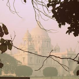 victoria by Nupur Mondal - Buildings & Architecture Statues & Monuments