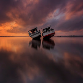 Duet by Choky Ochtavian Watulingas - Landscapes Waterscapes ( clouds, sky, dawn, reflections, long exposure, sunrise, seascape )