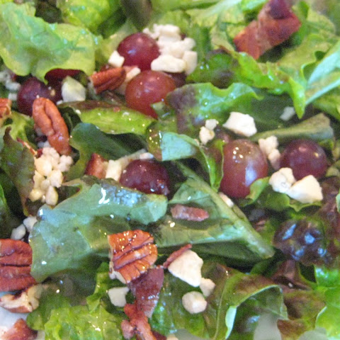 Gorgonzola Pecan Crunch Salad with Hazelnut Vinaigrette